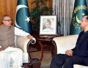 اسلام آباد: صدر مملکت ڈاکٹر عارف علوی سے وزیر ملکت برائے توانی عمر ایوب ..