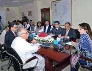 اسلام آباد: وفاقی وزیر ریلوے مسز روشن خورشید بھروچہ کو ریلوے آپریشنز ..