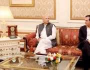 لاہور: صدر مملکت ڈاکٹر عارف علوی سے تحریک انصاف کے نو منتخب سینیٹرز ..