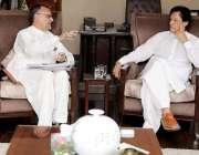 اسلام آباد: وزیراعظم عمران خان سے سینیٹر اعظم خان سواتی بنی گالہ میں ..
