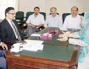 لاہور: صوبائی وزیر صحت ڈاکٹر یاسمین راشد کو سیکرٹری سپیشلائزڈ ہیلتھ ..
