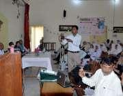 اٹک: ای ڈی اوفنانس طارق نیازی نرسنگ سکول میں نیوٹریشن ویک کے حوالے سے ..