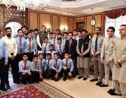 اسلام آباد: وزیراعظم شاہد خاقان عباسی کا علی ٹرسٹ کالج کے سٹوڈنٹس کے ..