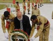 لاہور: یوم دفاع پاکستان کے موقع پر وائس چانسلر پنجاب یونیورسٹی پروفیسر ..