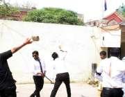 فیصل آباد: وکلاء اپنے مطالبات کے حق میں احتجاج کررہے ہیں۔