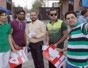 لاہور: پی ایس ایل کا پہلا پلے آف میچ دیکھنے کے لیے آئے شائقین کرکٹ قذافی ..
