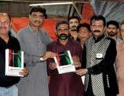 کراچی: پاکستان پیپلز پارٹی کراچی کے ڈپٹی انفارمیشن سیکرٹری آصف خان، ..