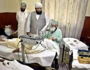 لاہور:نگینہ سوشل ویلفیئر سوسائٹی کے زیر اہتمام فری آئی کیمپ میں ڈاکٹر ..
