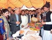 فیصل آباد: ریکٹر نیشنل ٹیکسٹائل یونیورسٹی ڈاکٹر تنویر حسین کلچرل میلہ ..
