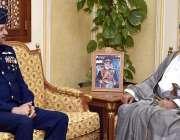 عمان: ائیرچیف مارشل مجاہد انور خان، چیف آف دی ائیرسٹاف پاکستان ائیرفورس ..