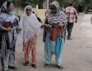 حیدر آباد: عام انتخابات 2018  لطیف آبادنمبر6کے ایک پولنگ اسٹیشن پر ضعیف ..