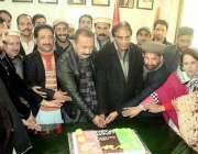 مظفر آباد: پیپلز پارٹی آزاد کشمیر کے صدر چوہدری لطیف اکبر ذوالفقار ..