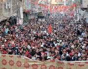 پشاور: شہید بشیر بلور کی برسی کے موقع پر منعقدہ جلسے میں کارکنوں کی ..