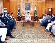 اسلام آباد: قائمقام صدر محمد صادق سنجرانی سے سینیٹر میاں محمد عتیق ..