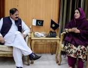 پشاور: سپیکر خیبر پختونخوا اسمبلی مشتاق غنی سے رکن صوبائی اسمبلی ماریہ ..
