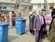 کراچی: ڈاکٹر اے ڈی سجنانی منیجنگ ڈائریکٹر سندھ سالڈ ویسٹ مینجمنٹ بورڈ ..