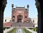 لاہور: بادشاہی مسجد کے بیرونی حصے کا خوبصورت منظر۔