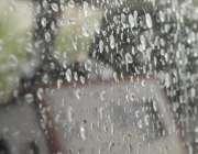 راولپنڈی: دوپہر کو ہونیوالی بارش کا منظر۔