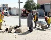کوئٹہ: عید کے موقع پر شروع کی گئی خصوصی صفائی مہم کے سلسلے میں چیف سینٹری ..