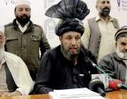 پشاور: مہمند ایجنسی قومی صافی کے مشران ملک تاک میر صافی کے ہمراہ مشترکہ ..