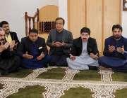 اسلام آباد: چیئرمین سینیٹ محمد صادق سنجرانی، لیڈر آف ہاؤس سید شبلی ..
