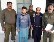 سرگودھا: تھانہ کڑانہ پولیس نے کاروائی میں گرفتار کئے گئے اشتہاری ملزمان ..