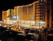 راولپنڈی: عید کی آمد کے موقع پر مری روڈ پر دکانداروں نے دکانوں اور پلازہ ..