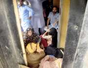 لاہور: عید الاضحی اپنے پیاروں کے ساتھ منانے آبائی علاقوں کو جانیوالی ..
