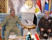 راولپنڈی: آرمی چیف جنرل قمر جاوید باجوہ مصر کے سرکاری دورہ کے موقع پر ..