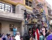 حیدر آباد: سرفراز کالونی روڈ پر بچوں کا جھولا بالکل بجلی کے کھمبے کے ..