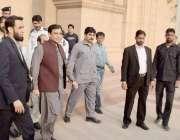 لاہور: پنجاب اسمبلی میں قائد حزب اختلاف حمزہ شہباز اجلاس میں شرکت کے ..
