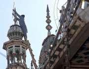 راولپنڈی: عید میلاد النبیﷺ کی آمد کے سلسلہ میں مسجد کے مینار کو برقی ..