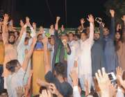 فیصل آباد: مسلم لیگ ن کے امیداور این اے108عابد شیر علی ناظم آباد میں انتخابی ..