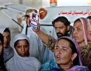 اسلام آباد: پولیس کے ہاتھوں مبینہ طور پر ہلاک ہونیوالے ٹیکسی ڈرائیور ..