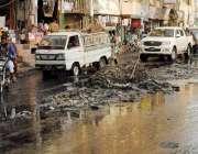 حیدر آباد: بلدیہ اور ضلع انتظامیہ کی نا اہلی کے باعث مصروف رسالہ روڈ ..
