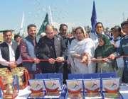 پشاور: ایڈیشنل کمشنر مردا ڈاکٹر قاسم علی خان جدون انڈر23خواتین گیمز ..