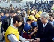 پشاور: وزیراعلیٰ خیبر پختونخوا پرویز خٹک انٹر سکولز کرکٹ ٹورنامنٹ ..