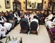 راولپنڈی: مسلم لیگ (ن) کے سابق ایم پی اے ضیاء اللہ شاہ کی رہائشگاہ پر ..