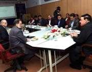 راولپنڈی: وفاقی وزیر ریلوے شیخ رشید احمدریلوے ہسپتال میں آپریشن تھیٹر ..