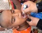 حیدر آباد: ملک بھر میں جاری انسداد پولیو مہم کے دوران ایک بچے کو پولیو ..