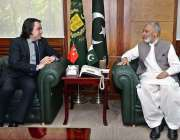 راولپنڈی: وفاقی وزیر دفاع بیرسٹر عثمان ابراہیم سے ترک سفیر ایچ ای مصطفی ..