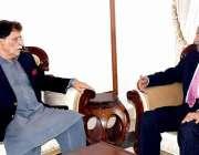 اسلام آباد: وزیراعظم آزاد کشمیر راجہ فاروق حیدر خان سے وزیراعظم کے ..