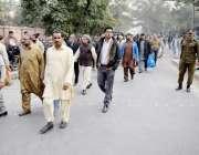 لاہور: قومی اسمبلی میں قائد حزب اختلاف شہباز شریف کی احتساب عدالت میں ..