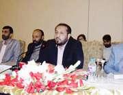 لاہور: صوبائی وزیر پرائمری اینڈ سیکنڈری ہیلتھ خواجہ عمران نذیر تمام ..
