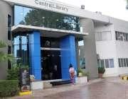 """اسلام آباد: علامہ اقبال اوپن یونیورسٹی کی مرکزی لائبریری میں قائم""""اے .."""
