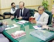 لاہور: صوبائی وزیر ہائر ایجوکیشن راجہ یاسر ہمایوں سرفراز سے برٹش کونسل ..