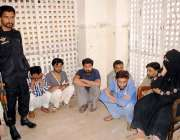 حیدر آباد: مین پوری بنانے کے الزام میں گرفتار افراد مارکیٹ پولیس کی ..