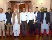 لاہور: گورنر پنجاب چوہدری محمد سرور سے آپٹما کے وفد کی ملاقات کے بعد ..