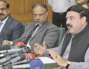لاہور: وفاقی ریلویز شیخ رشید احمد ریلوے ہیڈ کوارٹر میں پریس کانفرنس ..