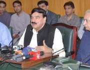 لاہور: وفاقی وزیر ریلویز شیخ رشید احمد ریلوے ہیڈ کوارٹرز میں پریس کانفرنس ..